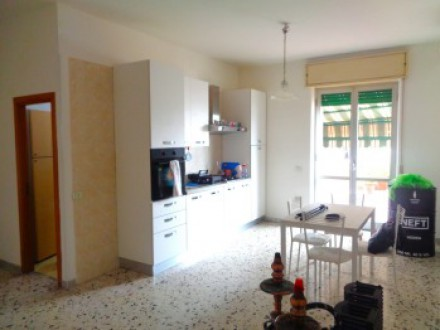 Apartment for sale in Naples, 75 square meters, with terrace level, building with elevator