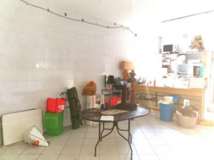 Business room for rent in Volla center, 40sqm shop