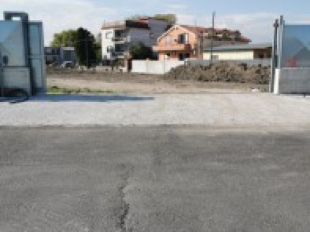 Large farmland for rent in Volla, with electronic gate, water point and current