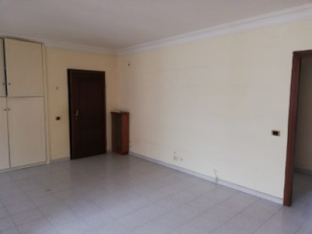 Large apartment for sale in Casoria, with terrace and two parking spaces, in oleandro park