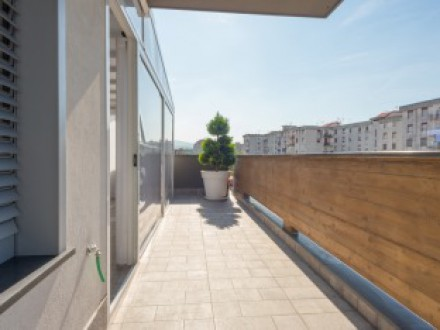 Penthouse for sale, newly built apartment, level terrace, garage and parking space