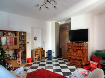 House for sale, large squareness, 200 sqm, Center, Terrace level