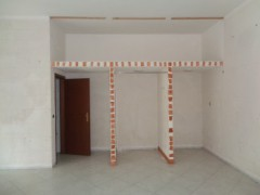 Commercial premises for rent, about 45 square meters, good condition, Volla center, street front - 5