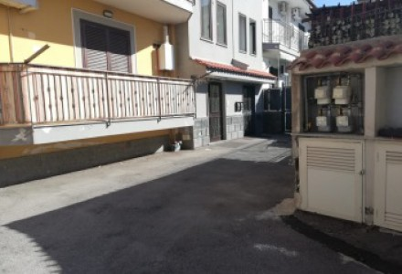 70 sqm apartment for sale in Chiaiano, Naples
