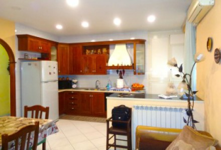 Three-room apartment, 90 sqm, Sant'Erasmo district, in park with guardianship service