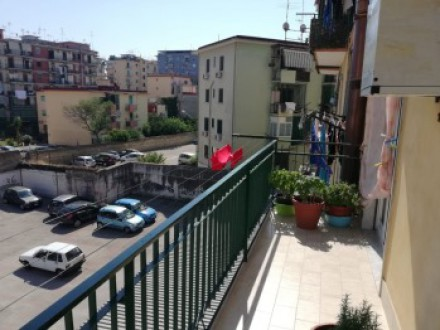 Large apartment for sale in Casoria Centre, split in two