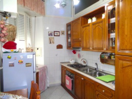 Apartment, near the Directional Center, 3 rooms, excellent state, 85 sqm
