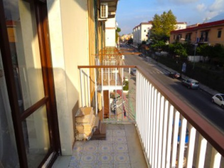 Apartment for sale Ponticelli, 3 rooms, outdoor exhibition, bright