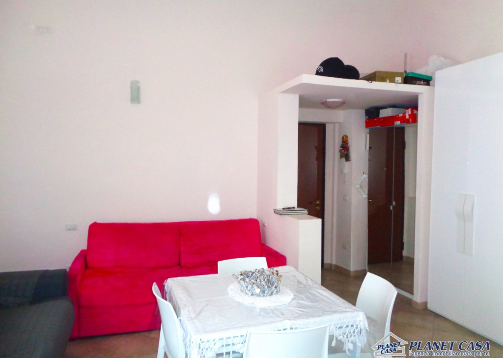Sale Apartments Torre del Greco - 33 sqm studio, excellent state, bright, with kitchen and bathroom Locality